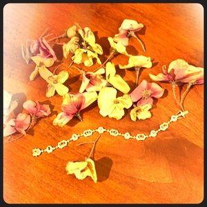 """SAPPHIRES OH MY!!"" 14k Gold Sapphire Bracelet 💙"
